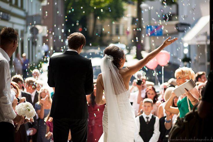 Hochzeitsfotos einer Hochzeit aus Bochum - heiraten in der St. Franziskuskirche in Bochum & Fotoshooting in der Henrichshütte Hattingen