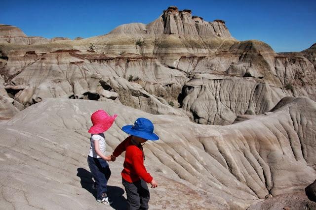 Camping in Dinosaur Provincial Park