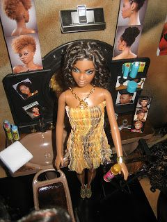 Chynadoll Creations feature repainted OOAK (one of a kind) Barbie, Monster High dolls etc, as well as miniature food creations.