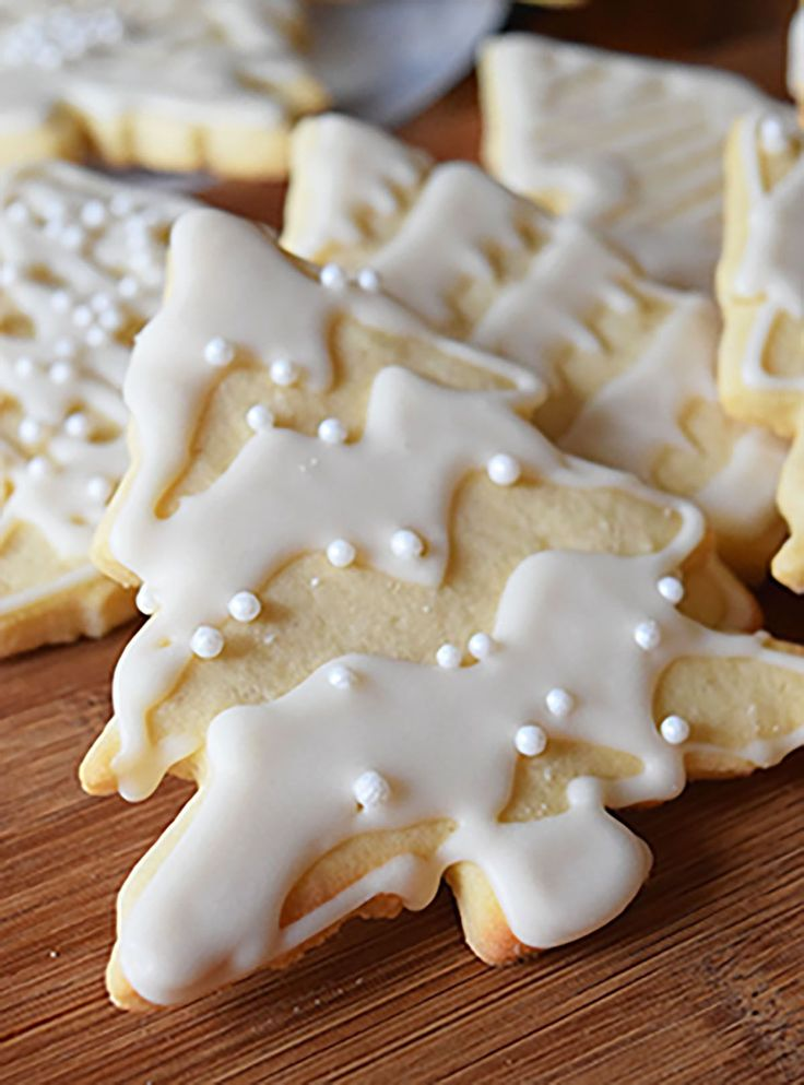 This sugar cookie recipe is simply the best.  I made 6 dozen of these puppies for my after-school cooking class and to give away as gifts. It didn't end up taking as long as I thought it would, because instead of using my toaster oven (oven is still broken) I used our church's amazing...Read More »