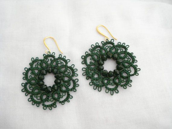 Green lace flower earrings Tatting lace earrings Needle by Poppyg