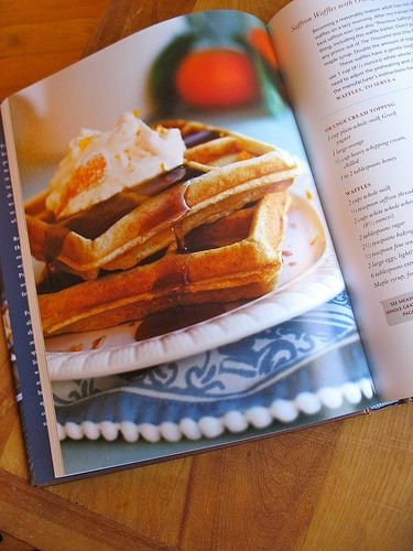 Belgian Waffles: Madeleine with pearl sugar«Belgian Waffles-Ingredients:    For twenty madeleines :  1 1/2 cups of flour  100 g butter  4 tbsp of  fine sugar  1/2 cup of pearl sugar   3 eggs  1 tsp of baking powder   1/2 of a  lemon (zest)