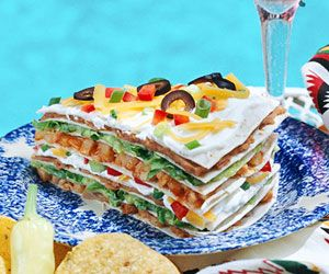 "The layered look is ""in"" for summer dining, especially with this quick-to-assemble Mexican entree. It's perfect for any summer party!Tortillas Stacked, Tex Mex, Mexicans Entres, Mexicans Food, Summer Parties, Summer Dining, Mexicans Chicken, Texmex Chicken, Favorite Recipe"