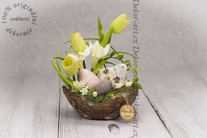 #Jarní #dekorační předmět s #velikonoční tématikou.