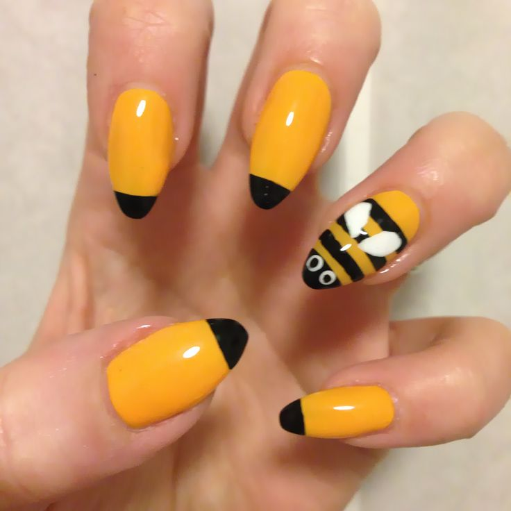bumble-bee inspired nails - The 25+ Best Bumble Bee Nails Ideas On Pinterest Yellow Nail