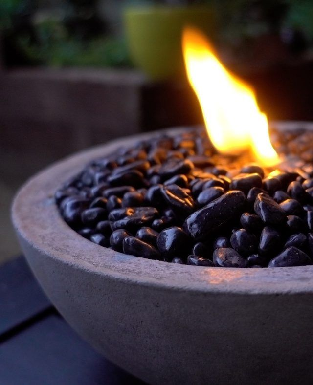 Easy to make concrete fire pit bowl -- perfect for backyard ambiance