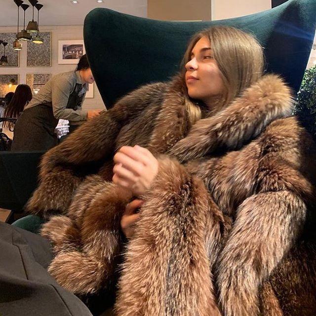 406e2c62f Instagram | Fox in 2019 | Fox fur coat, Fur coat, Fur