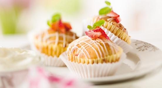 Erdbeermuffins mit weißer Schokolade - Lidl Rezeptideen