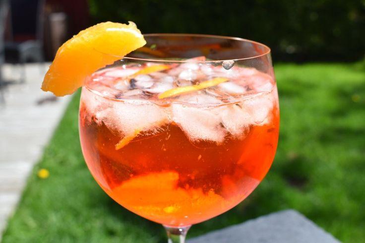 Ukens drink - Aperol Spritz - perfekt på en solfylt dag!