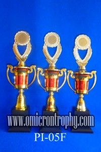 Pengrajin Piala Trophy Bandung Jakarta Sidoarjo Jual Trophy Piala Penghargaan, Trophy Piala Kristal, Piala Unik, Piala Boneka, Piala Plakat, Sparepart Trophy Piala Plastik Harga Murah