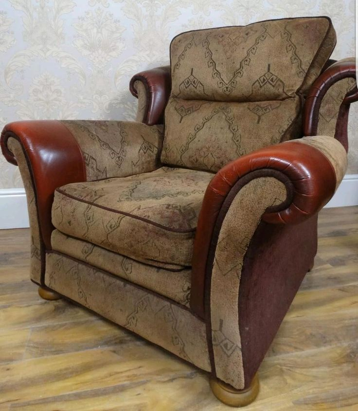 Three seater and 2 arm chairs can deliver