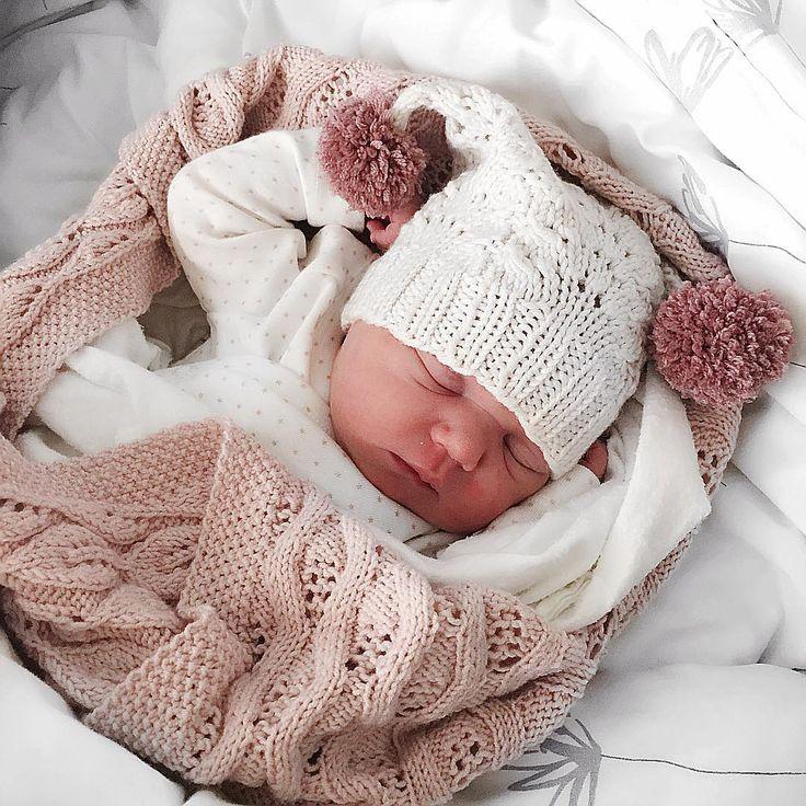 En elskelig liten jente ble født til jorden i går. Gav livet enda en ny mening og verden en ny skatt.