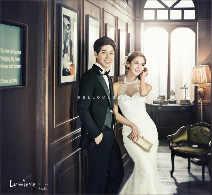 antique and foto pre wedding by wedding photographer