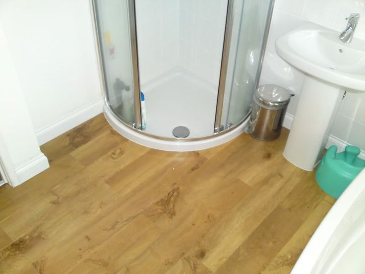 Waterproof laminate flooring for bathrooms b q ideas for for Bathroom laminate flooring