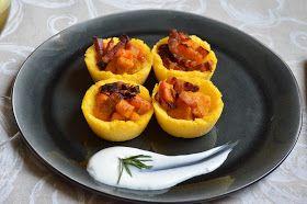 Muzzarella ai fornelli: Cestini di polenta ripieni zucca, pancetta e crema di caprino