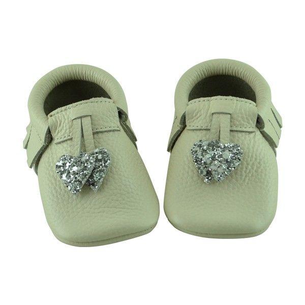 Kız bebekler için makosen model ilkadım ayakkabısı.