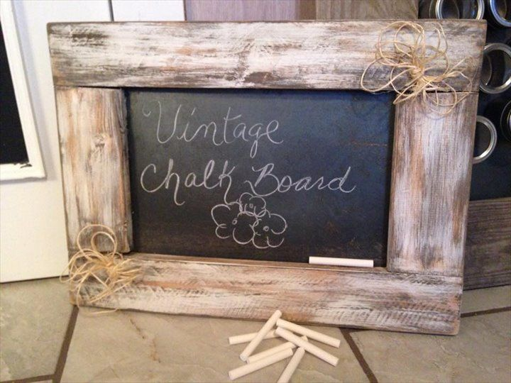 #DIY: Vintage Pallet Chalk Board - 10 Recycled & Upcycled Pallet ideas and projects | 99 Pallets