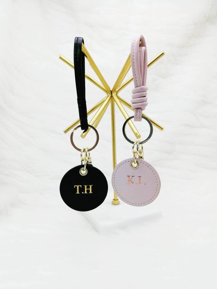 The adorable Monty Keyring paired for the perfect couple. Couple goals! Present for Valentines Day, Birthday, Anniversary.    #bubblybox #monogram #pe…