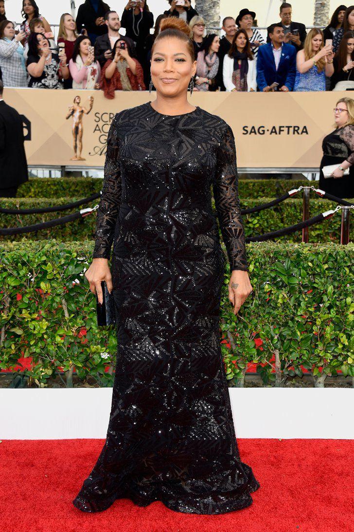 Pin for Later: Jetez un Oeil à Toutes les Superbes Tenues des SAG Awards Queen Latifah Portant une robe signée Michael Costello.