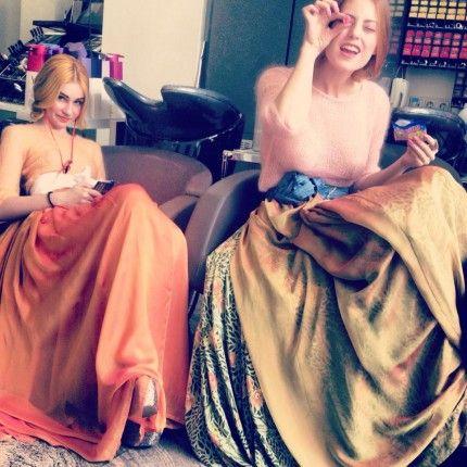 Styleshot Athen! BrockmannundKnoedler Models Backstage: Sie sind die Mädchen von nebenan: lustig, strahlend, kreativ, verspielt, feminin und einzigartig.