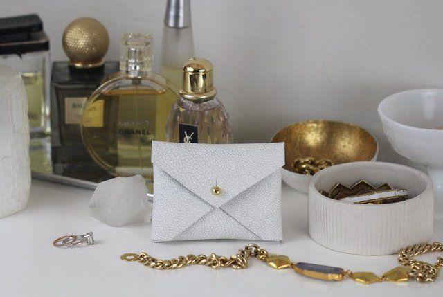 Fancy - Reade & Hudson leather business card holder in Winter White Shagreen