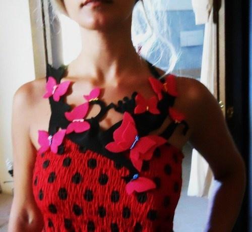 "Collana di stoffa ""ramo di farfalle"""