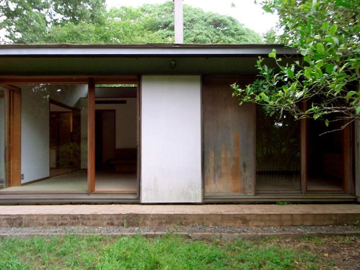 The villa in Izu 1981|伊豆高原の別荘 吉村順三