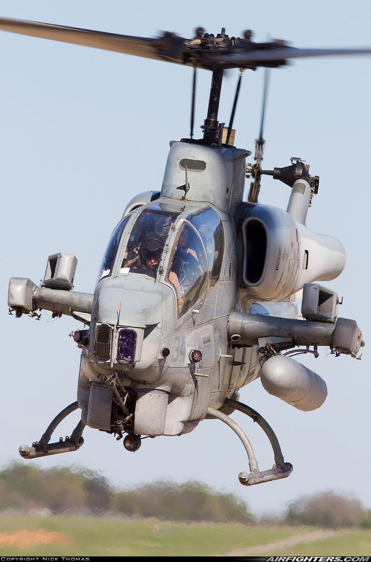 US Marine AH-1W Super Cobra