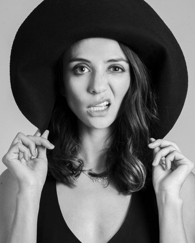 Lina Massi follow her on Intagram as MODACAPITALINA PH @CAMILODEVIS on Instagram Www.flint.com.co TODOS LOS DERECHOS RESERVADOS