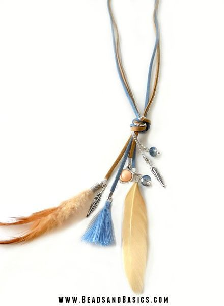 Bohemian Handmade Necklace with Suede, Tassels, Feathers and Charms - DIY Video + Materials from http://www.beadsandbasics.com/nl/boho-veertjes-ketting-blauw-met-bruin.html