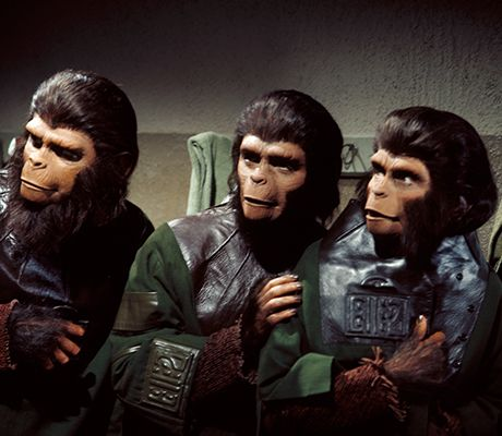 Cornelius (Roddy McDowall), Dr. Milo (Sal Mineo), & Zira (Kim Hunter) - Escape from the Planet of the Apes (1971)