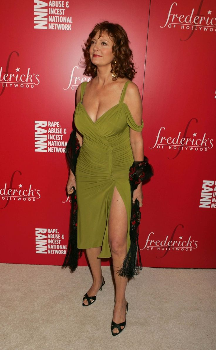 susan milf women Sexy pics of young susan sarandon, one of the most beautiful women of all time fans will also enjoy susan sarandon's dating history and sexy pics of her daughter e.