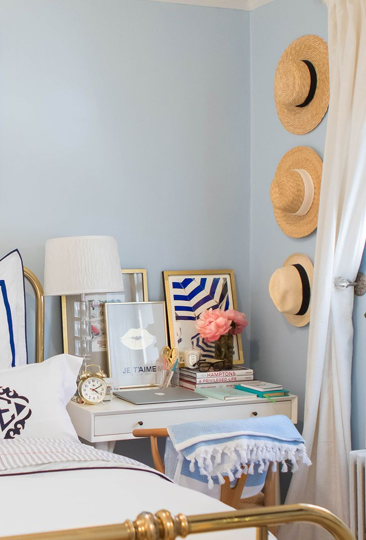 Lauren Nelson's New York City Bedroom Tour #theeverygirl