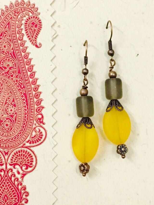 Yellow oval n grey matte earrings