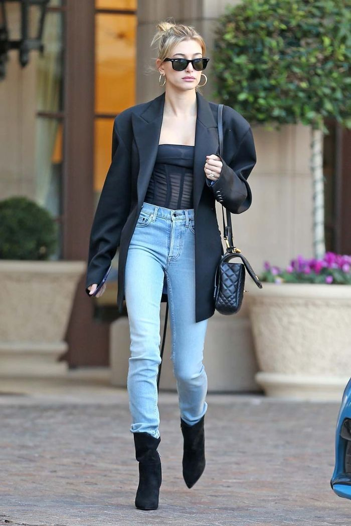 83ef1cfdcefe Celebs Are Wearing This High-Waisted Denim Outfit Again ...
