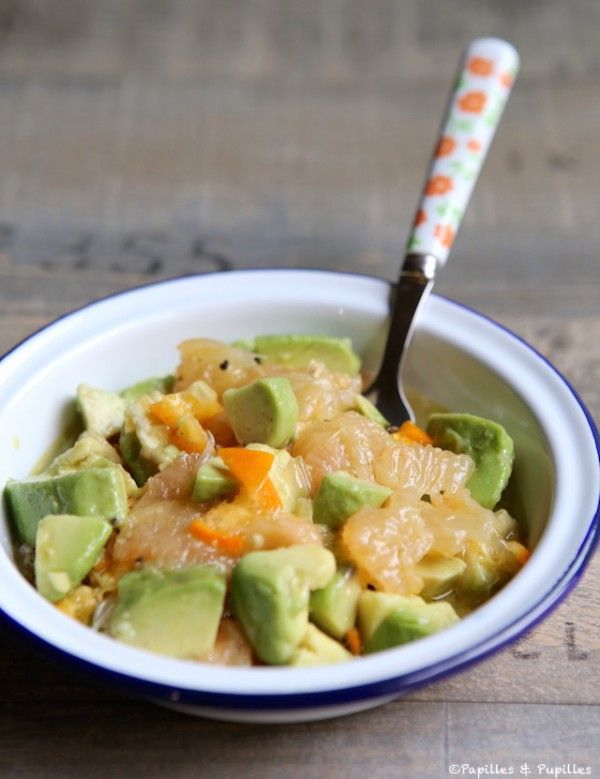 Salade d'avocats, pamplemousses et kumquats