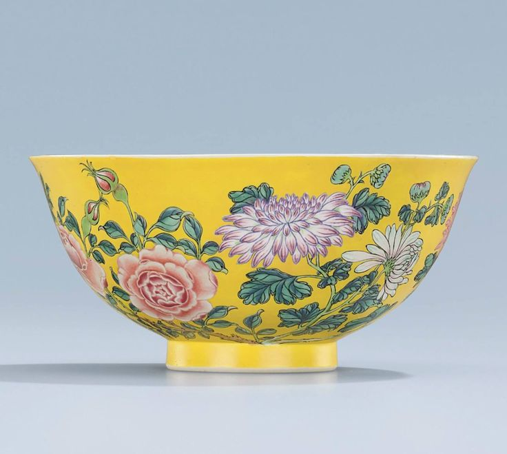 China antique Qing Dynasty the pink Falangcai Flowers bowl