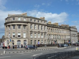 Stylish Apartment in Edinburgh City Centre