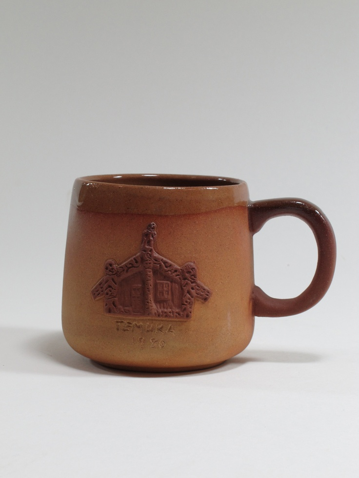 Te Rona Potteries, cup, applied marae motif, 1980, Temuka, Canterbury, New Zealand. Collection of Auckland Museum, K4367