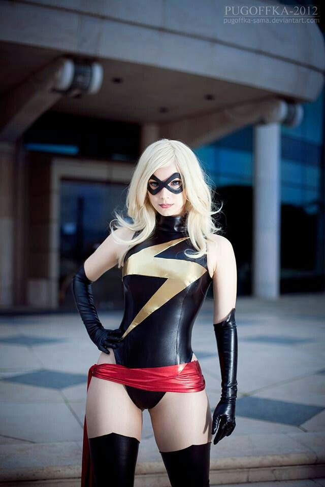 Ms. Marvel cosplay, 1970s costume, Dave Cockrum, sash, Carol Danvers, Captain Marvel, Marvel Comics, hot