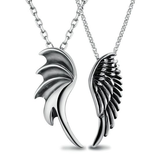 couples necklace... wow.