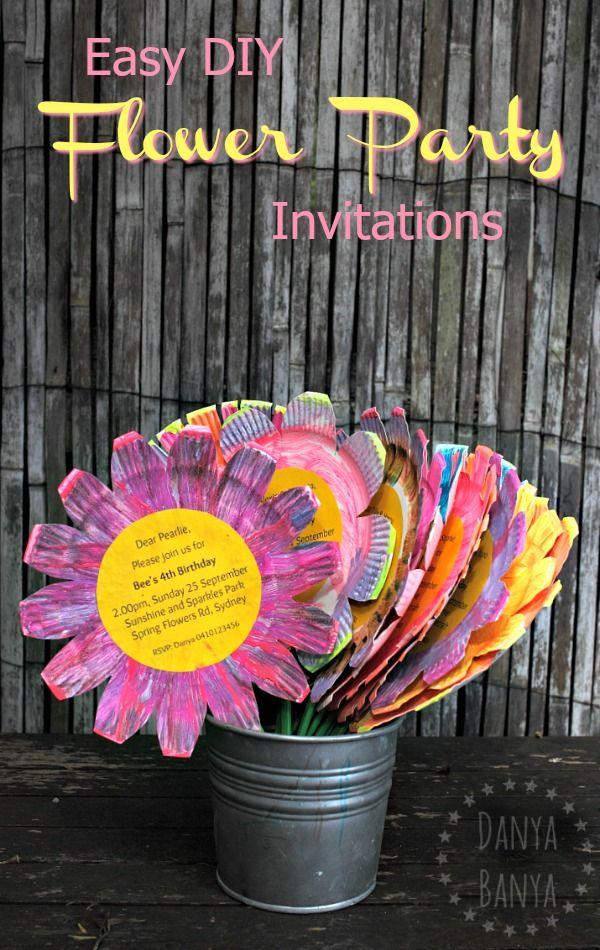 Easy DIY paper plate flower birthday party invitations, that kids can help make! Awesome for a spring flowers theme.