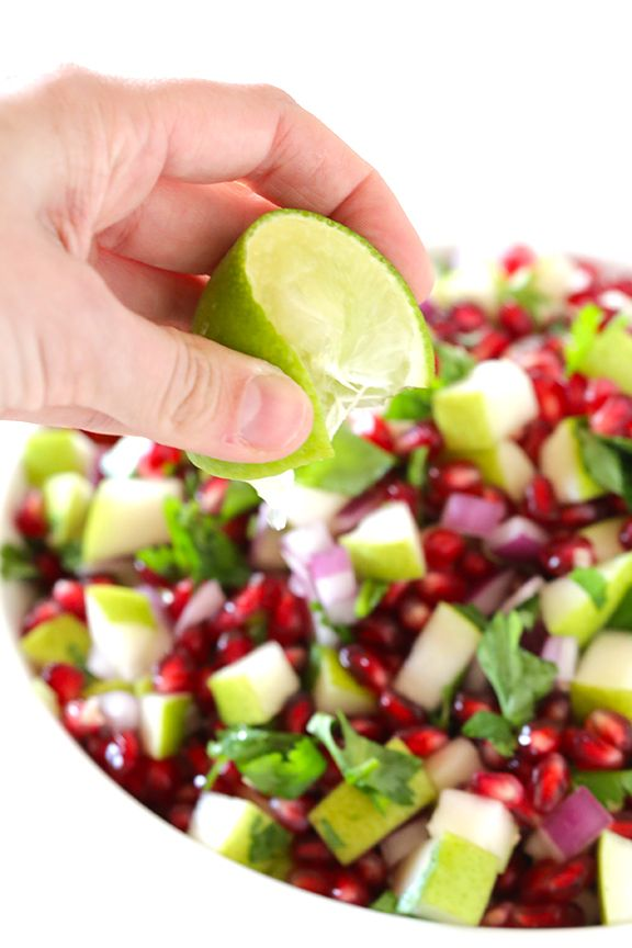 5-Ingredient Pear Pomegranate Salsa -- made with five fresh and tasty ingredients! gimmesomeoven.com