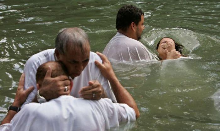 Maioria dos muçulmanos se entrega a Jesus após terem sonhos e visões diz cristão perseguido