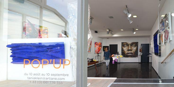 Pendant un mois, perpétuant la tradition #artistique de la ville, les oeuvres de la #galerie Artiane s'exposent à vos appréciations sur le front de mer de #Knokke le Zoute