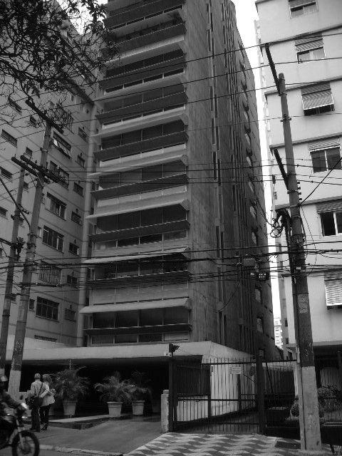 Galeria de Clássicos da Arquitetura: Edifício Guaimbê / Paulo Mendes da Rocha e João Eduardo de Gennaro - 6