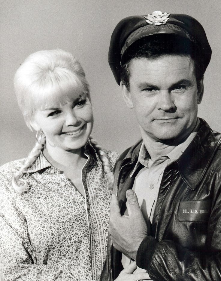 Bob Crane with Sigrid Valdis (Patricia Olson), who played Hilda from seasons two through six and was also Bob Crane's second wife.