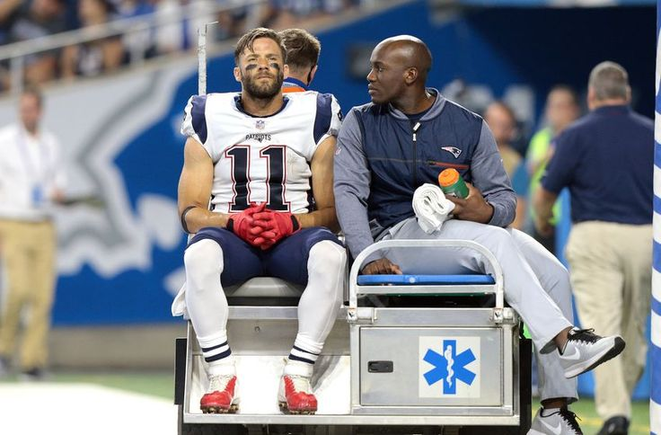 Julian Edelman has complete tear in right ACL