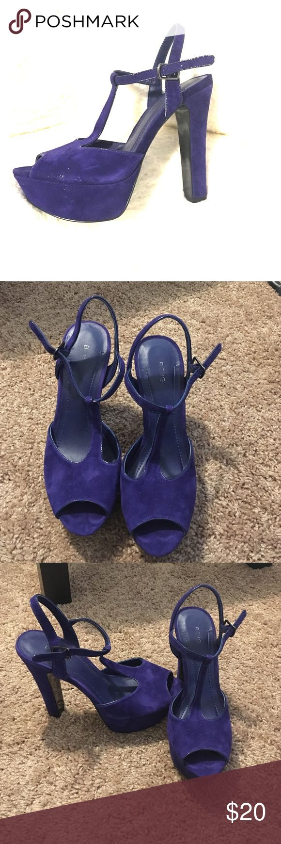 BCBG platform navy heels Super comfortable platform navy heels with a leather upper. Feels like velvet. There is some wear in the form of glitter on the side of the shoe. Otherwise, very well kept. BCBGeneration Shoes Heels