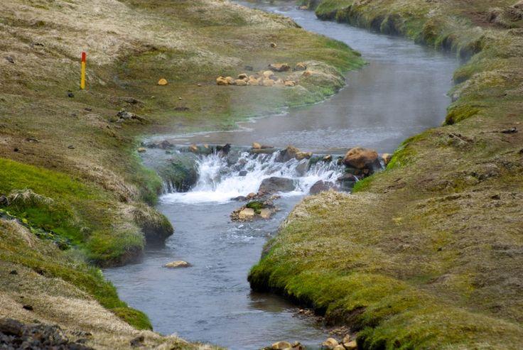 River Varmá in Reykjadalur.  #iceland #island #Hveragerði #hiking #vandring #nature #mountains #Reykjadalur